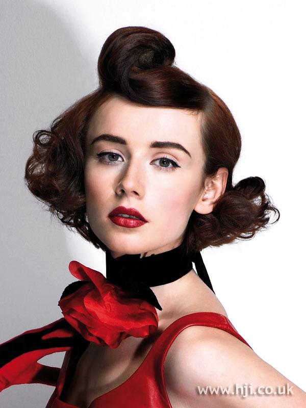 2008 brunette quiff