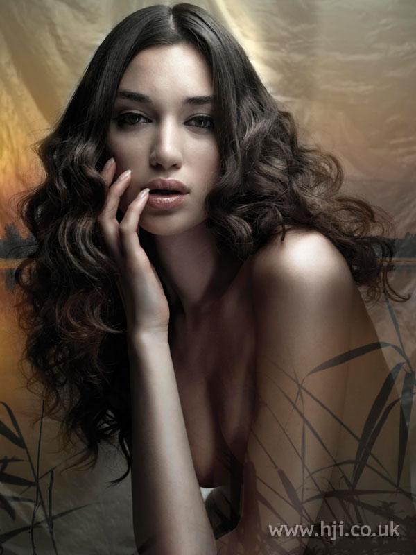 2008 curls brunette1