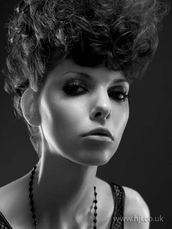 2008 updo curls1