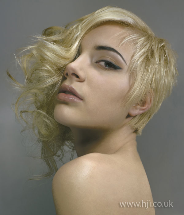 2009 blonde asymmetric1
