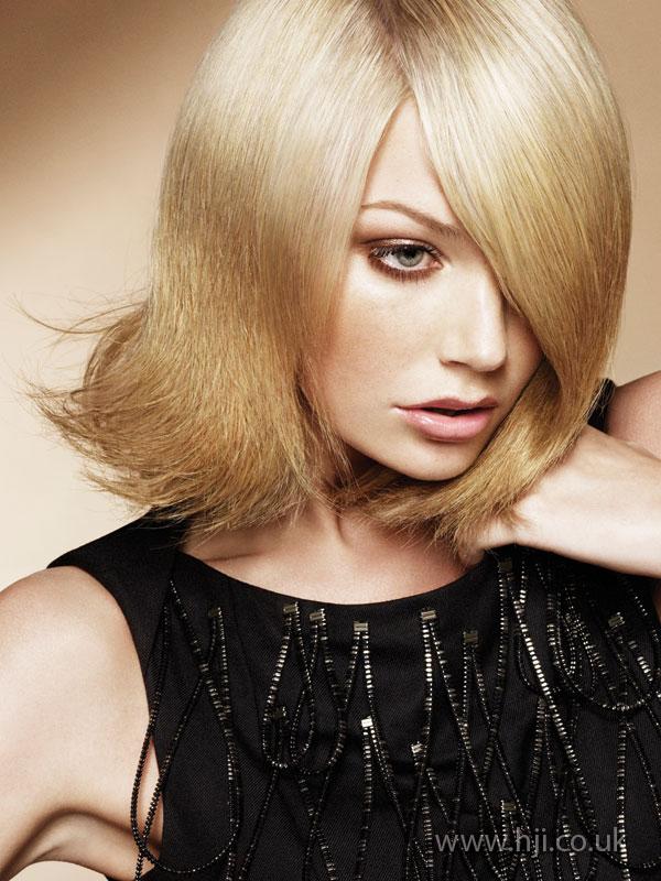 2009 blonde asymmetric3