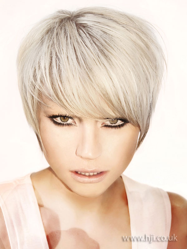 2009 blonde fringe1