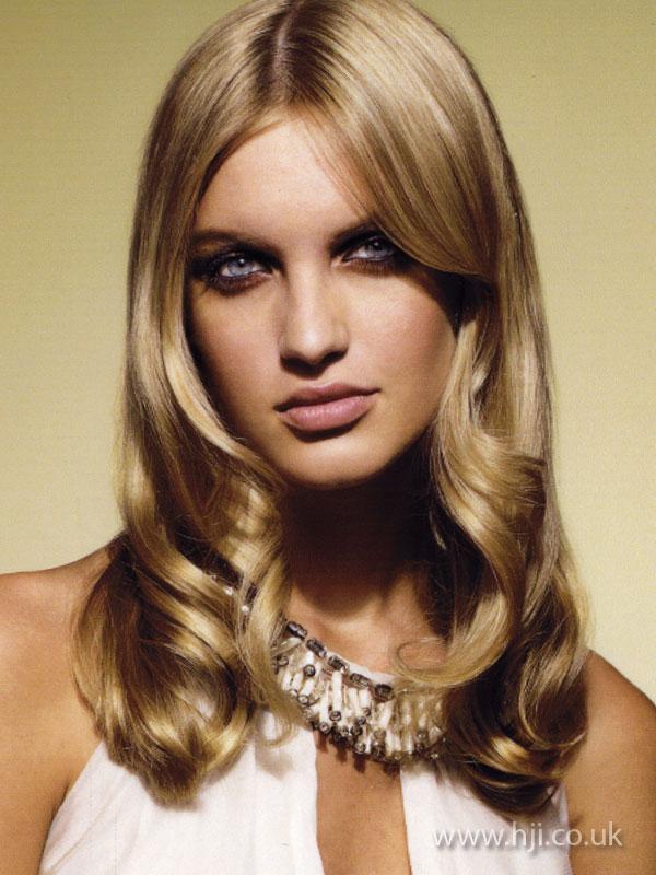 2009 blonde glamour1