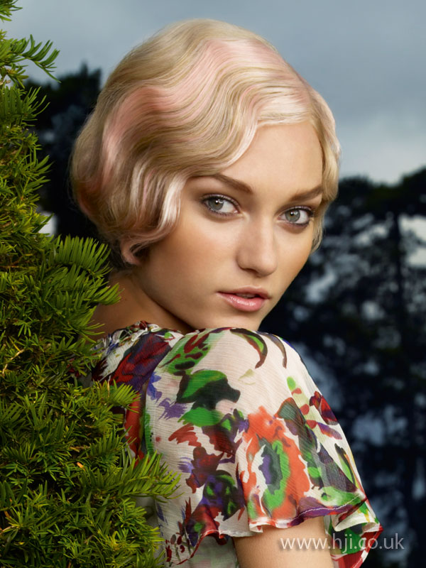 2009 blonde wave