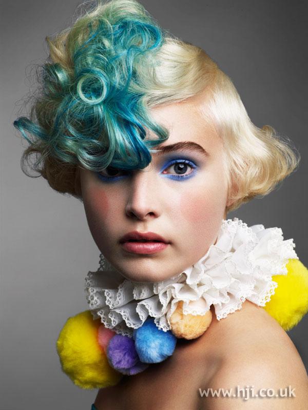 2009 blue curls
