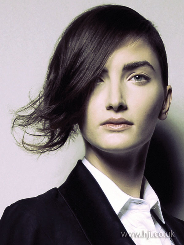 2009 brunette asymmetric