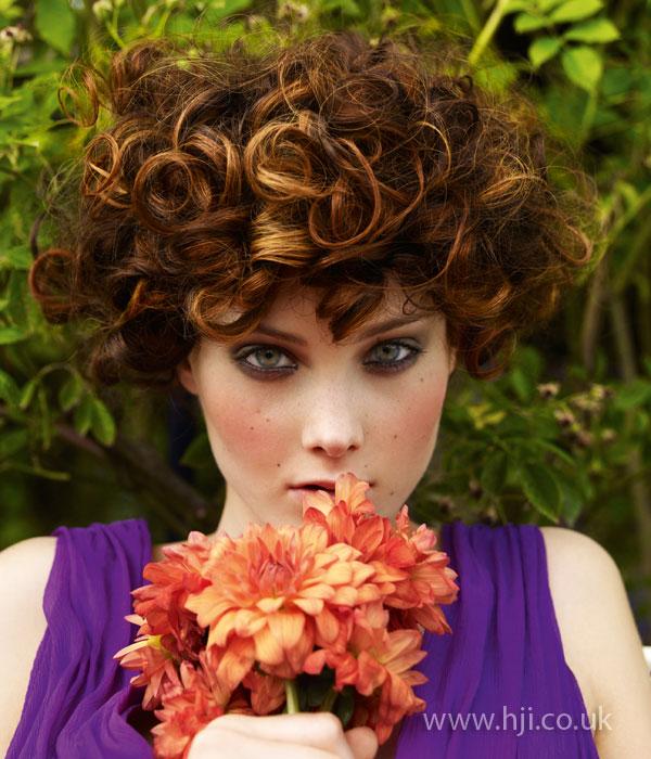 2009 brunette curls1