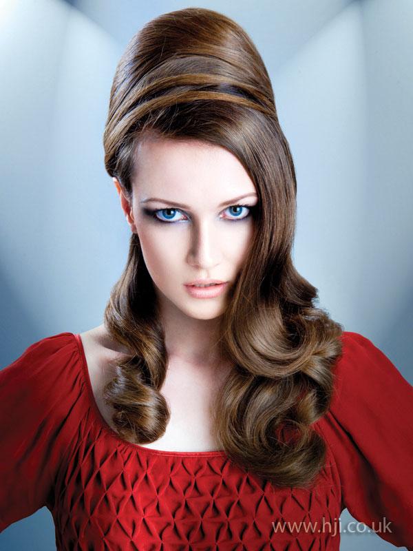 2009 brunette glossy
