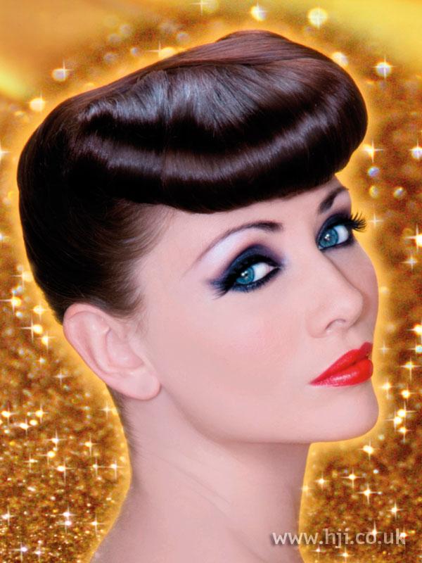 2009 brunette quiff hairstyle