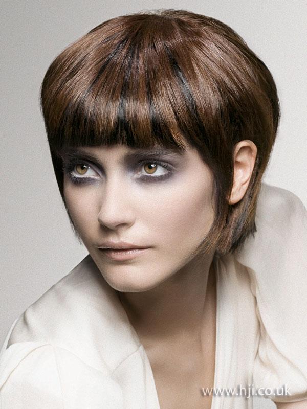 2009 brunette tailored