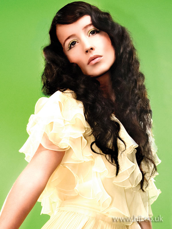 2009 dark curls2