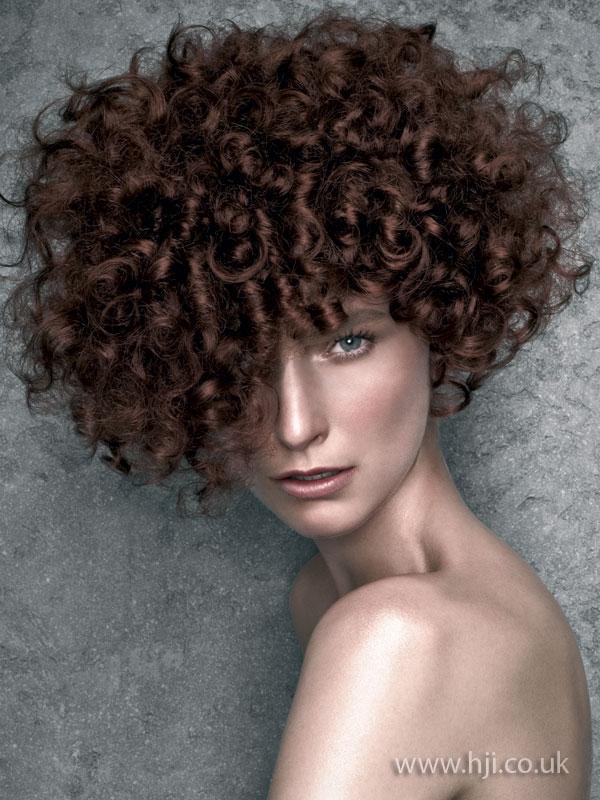 2009 glossy curls1