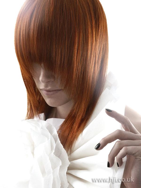 2009 long fringe hairstyle