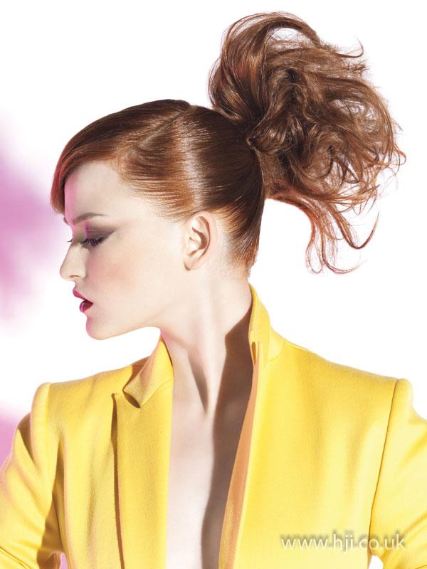 2009 redhead ponytail