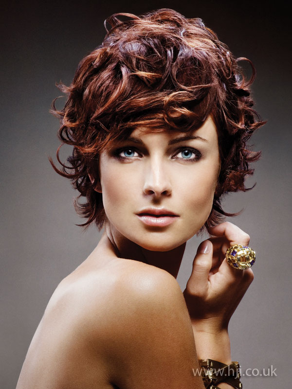2009 short curls1