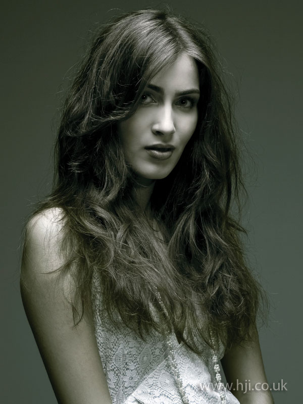 2009 surf brunette