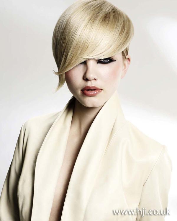 blonde crop fringe hairstyle 2011