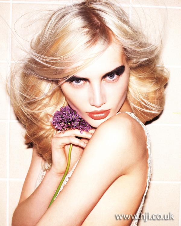 2011 blonde long1