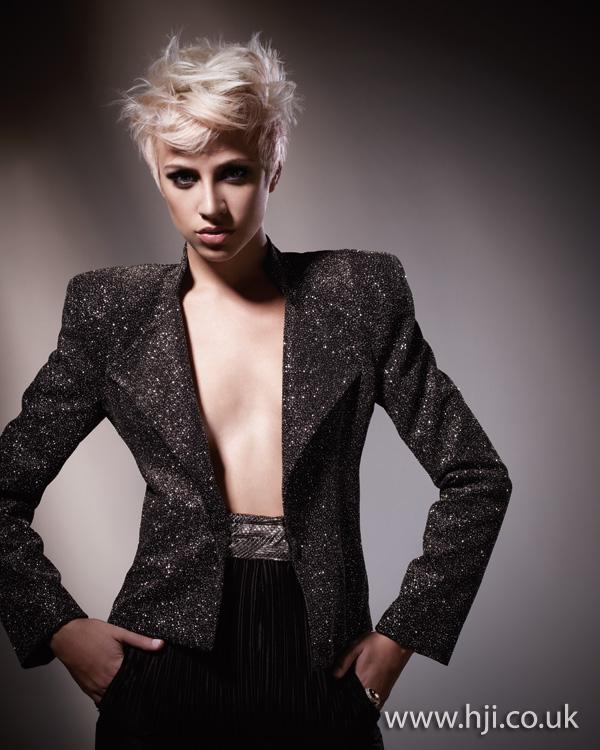 2011 blonde movment