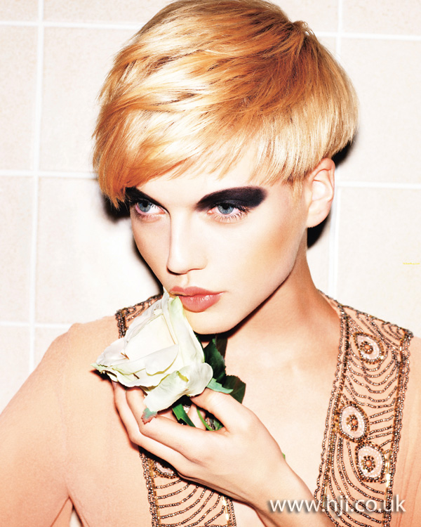 2011 blonde short4