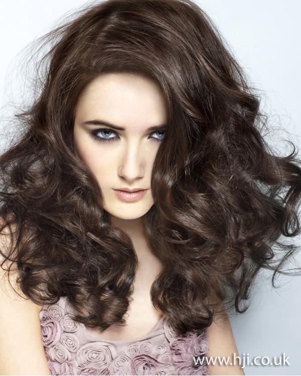 2011 brunette curls8