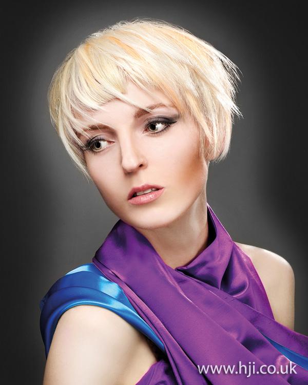 2011 choppy blonde
