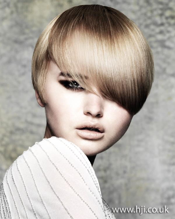 Glossy fringe hairstyle