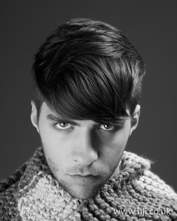 mens heavy fringe hairstyle