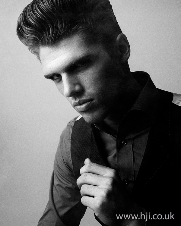 mens tall quiff hairstyle