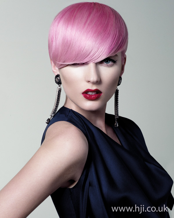 2011 pink short1