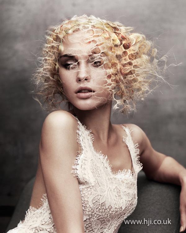 2012 avant garde blonde hair
