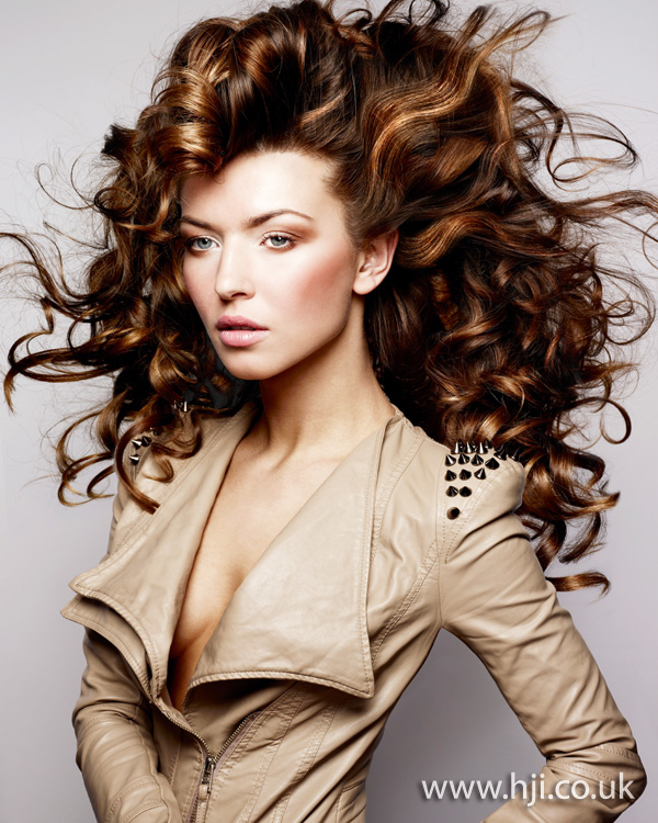 2012 big curls womens hairstyle