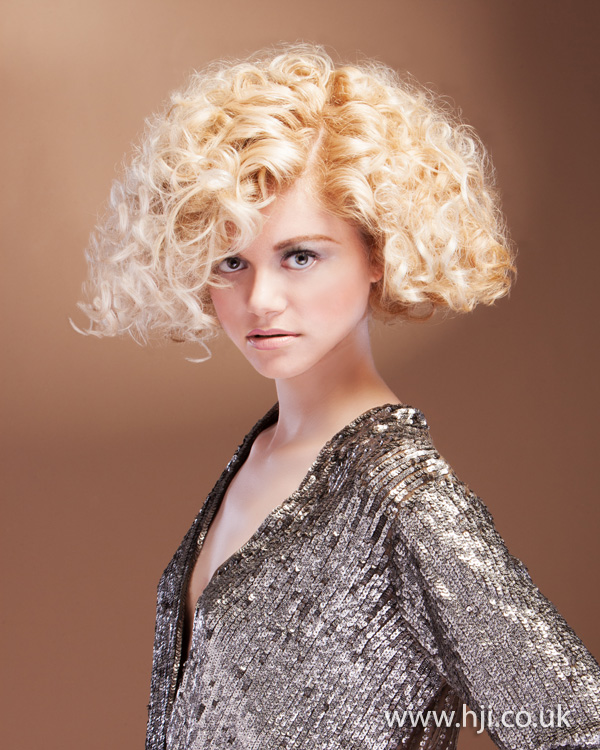 2012 blonde curls womens hairstyle