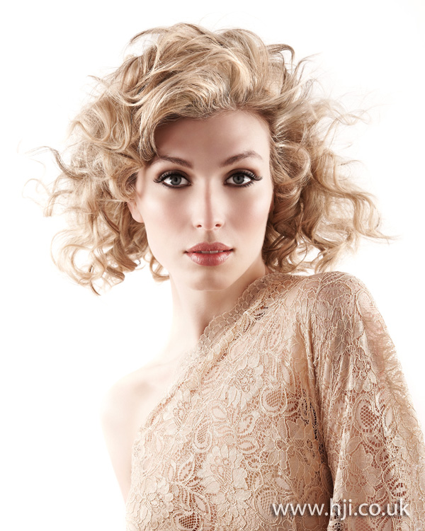 2012 blonde curly womens hairstyle