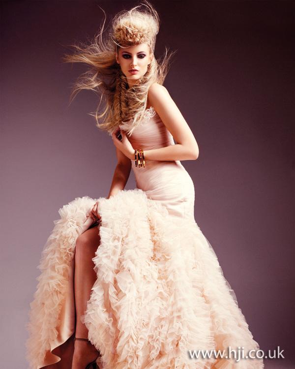 2012 blonde long1