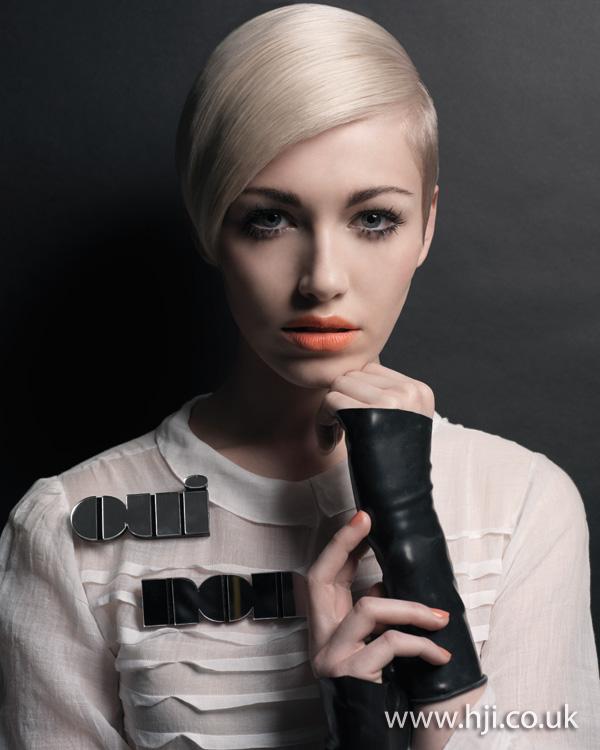 2012 blonde sideswept