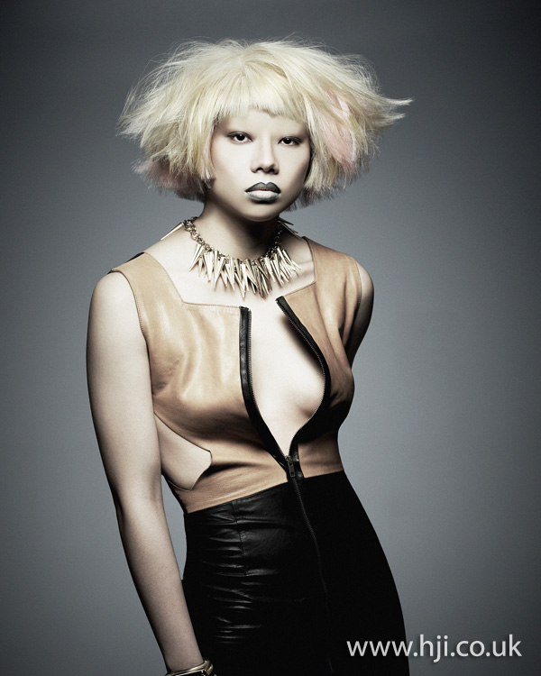 2012 blonde tousled bob womens hairstyle1