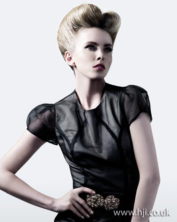 2012 blonde updo2
