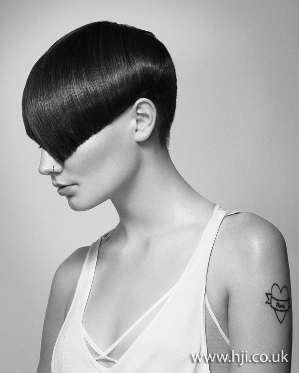 2012 brunette smooth short womens hairstyle