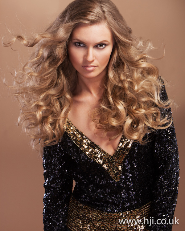 2012 caramel londe long wavy womens hairstyle