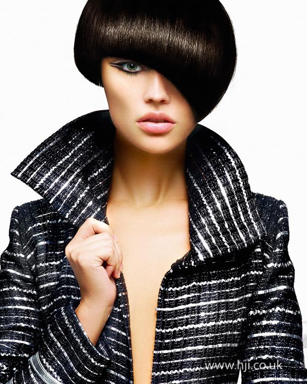 2012 diagonal fringe black hair
