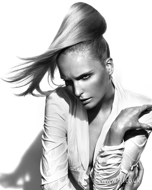 2012 long blonde ponytail hair