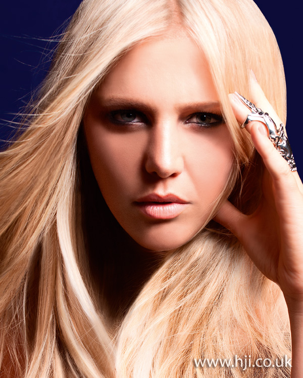2012 long blonde straight womens hairstyle