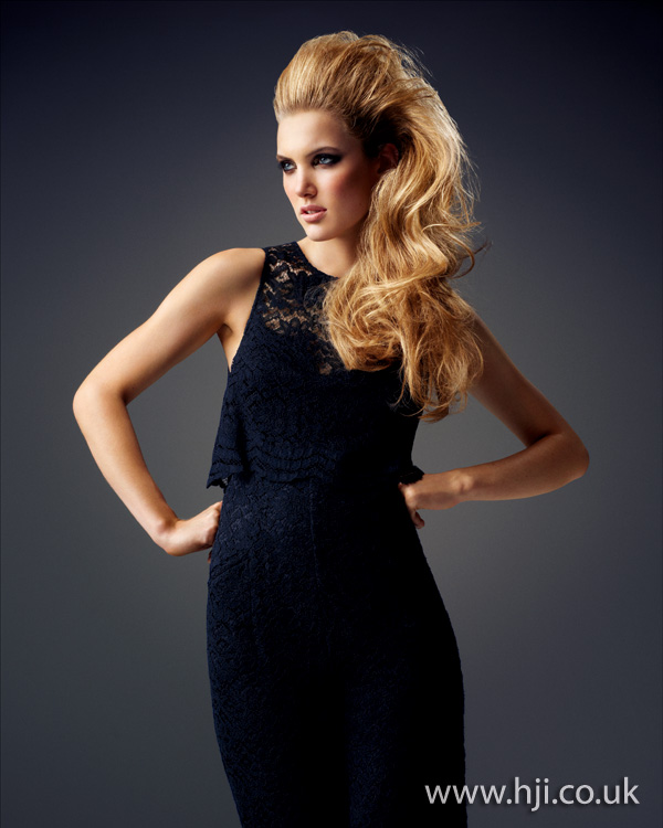 2012 long blonde volumised womens hairstyle