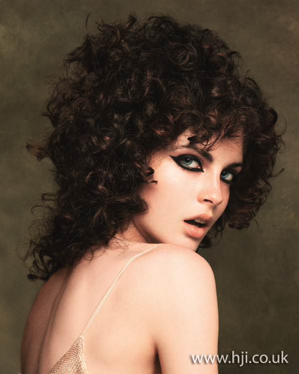 2012 long brunette curls womens hairstyle