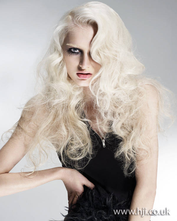 2012 pale blonde long curls hairstyle