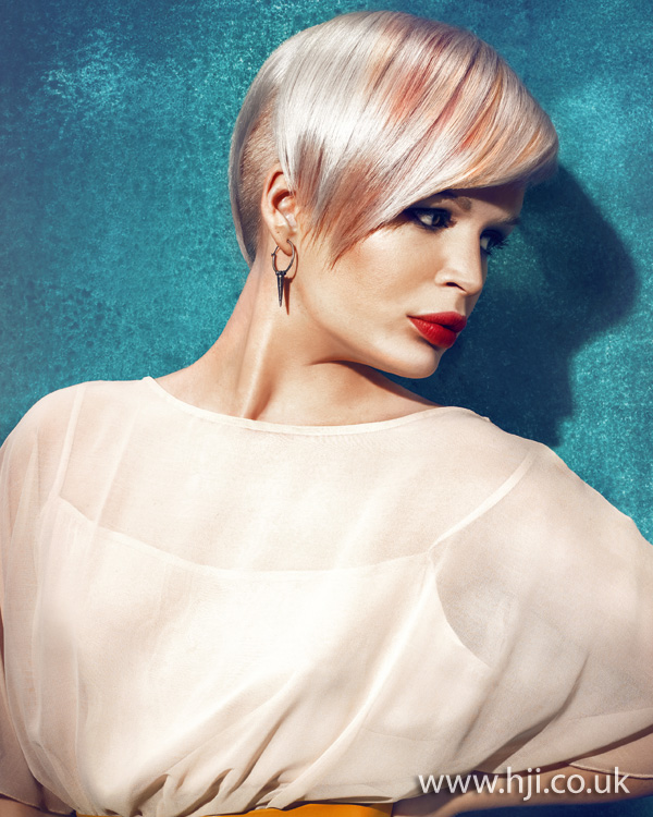 2012 platinum and peach short hairstyle