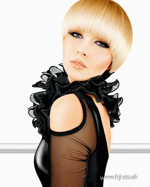 2012 smooth blonde short hair
