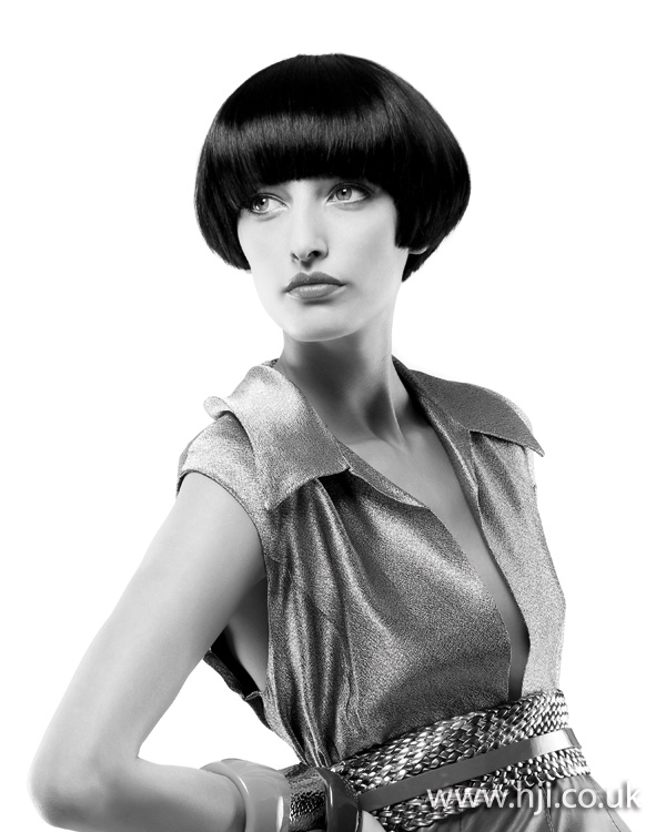 2012 smooth brunette rounded bob hairstyle