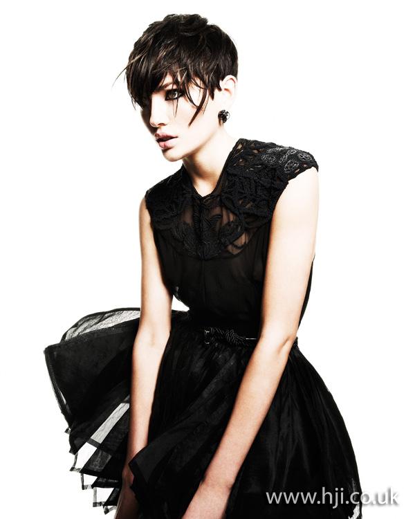2012 textured short womens brunette hairstyle